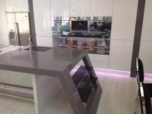 Modern Kitchen Stone Worktops